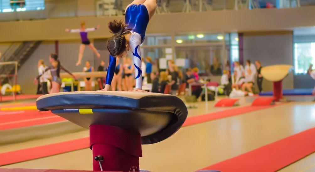 Área de Educación implementa talleres de gimnasia de ...